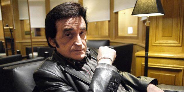 Dick Rivers: victime d'un traumatisme crânien après une chute, le chanteur forcé d'annuler plusieurs