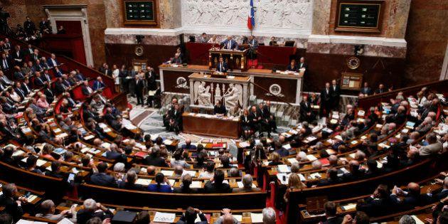 Loi anti-terrorisme: les députés votent l'interdiction de sortie du territoire des personnes soupçonnées...