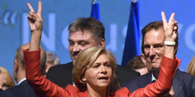 Régionales en Île-de-France: Pécresse à 10 points devant Bartolone, le FN pas loin derrière, selon un