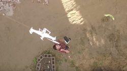 VIDEO - Il sauve son ancien drone avec son nouveau