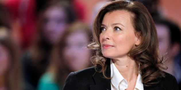 Valérie Trierweiler promeut son best-seller en Europe en livrant un