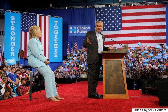Convention démocrate : tout le parti et les militants convergent sur Philadelphie pour sacrer Hillary