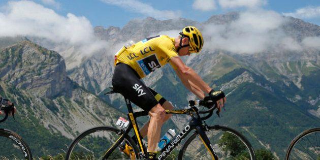 VIDÉOS. L'autre Tour de France de Christopher Froome, accusé de dopage et insulté par le
