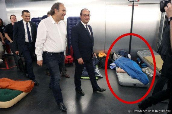 PHOTOS. François Hollande rend une visite (vraiment) surprise à l'école 42 de Xavier