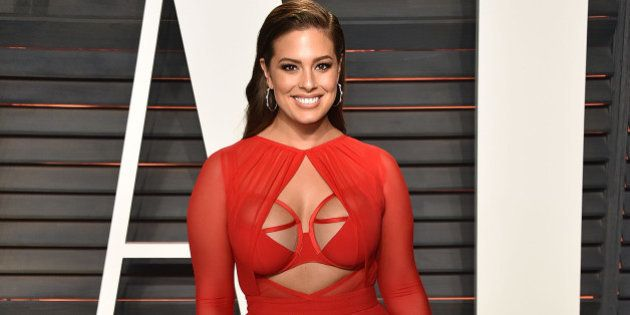 BEVERLY HILLS, CA - FEBRUARY 28: Model Ashley Graham arrives at the 2016 Vanity Fair Oscar Party Hosted...