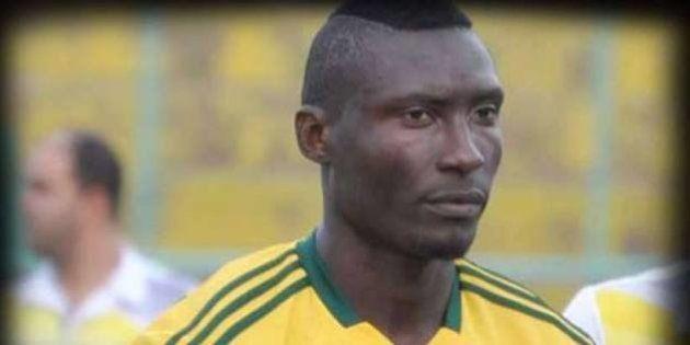 Algérie: Mort d'Albert Ebossé, attaquant camerounais de la JSK, après un jet de projectiles au stade...