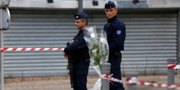 Vidéo, radicalisation... ce que l'on sait des deux auteurs de l'attentat de
