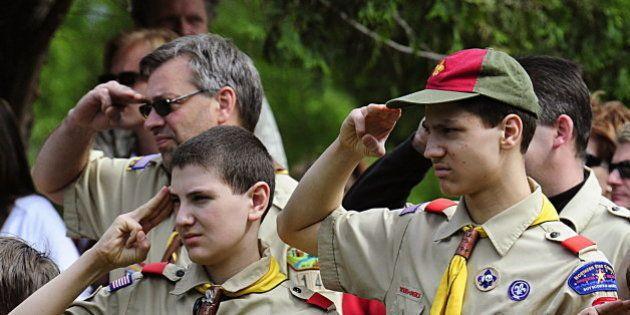 Les Boy Scouts américains vont accepter les encadrants bénévoles gays (tout en permettant des