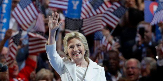 Hillary Clinton accepte l'investiture du parti démocrate avec un discours dédié à l'espoir et