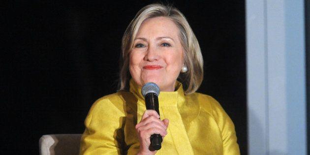 Les demandes d'Hillary Clinton pendant ses conférences à 300.000 dollars : Houmous, citrons, coussins...