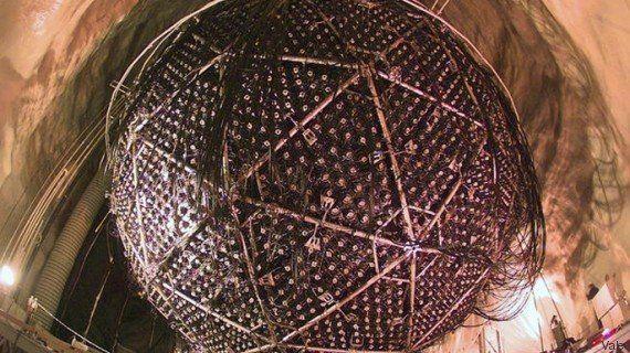 Le prix Nobel de physique 2015 décerné à Takaaki Kajita et Arthur B. McDonald pour leurs travaux sur...