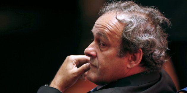 Michel Platini suspendu 90 jours: pourquoi sa candidature à la Fifa ne tient plus qu'à un