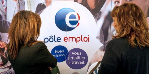 Chômage en juillet: nouvelle hausse de 0,8%, record à plus de 3,4 millions de