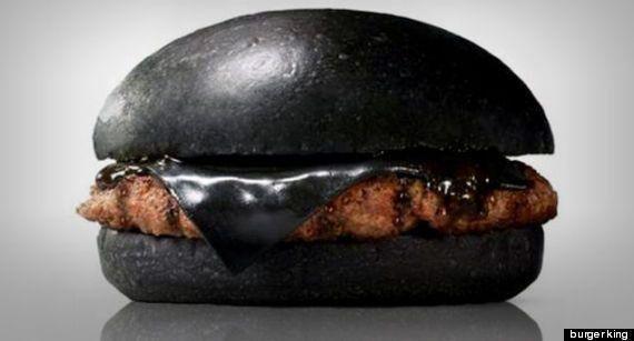 PHOTOS. Le hamburger noir de Burger King est encore moins appétissant en