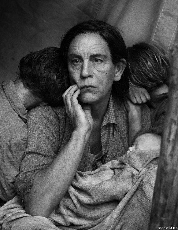 PHOTOS. John Malkovich se transforme pour une série de portraits de Sandro