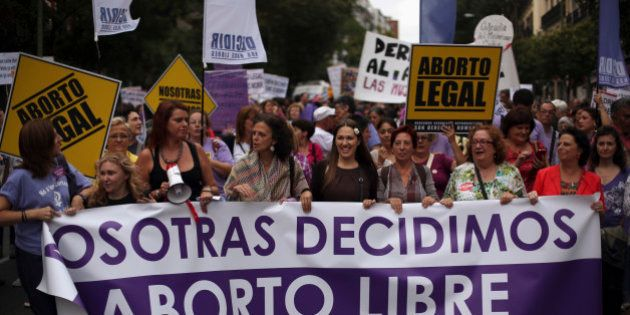Espagne: le gouvernement de droite retire son projet de loi controversé sur