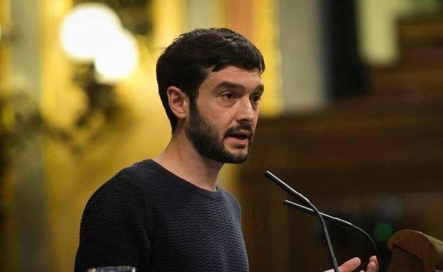 Bustinduy renuncia a ser el candidato de Podemos a las