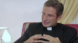 Le prêtre qui a fait enrager le Vatican avec son coming out se