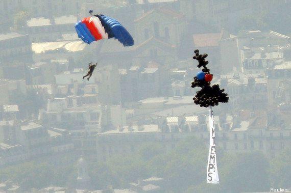 14 juillet : François Hollande hué, lâcher de ballons, les anti-mariage gay étaient dans le