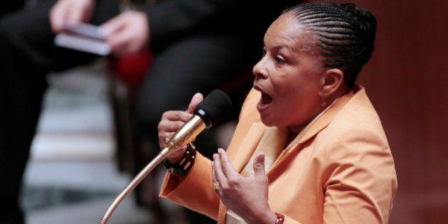 Taubira accusée de vouloir limoger le procureur général de Paris: démenti et