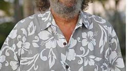 Une chemise à fleurs pour la défense des prostituées?