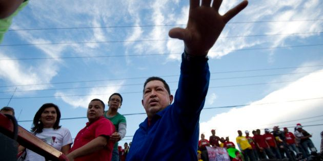 VIDEO. Mort d'Hugo Chavez: un parcours politique d'exception terrassé par la
