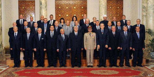 L'Égypte a un nouveau gouvernement sans islamistes, après la chute de