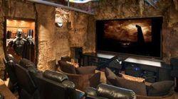 Une salle de cinéma décorée façon Batman, ça vous