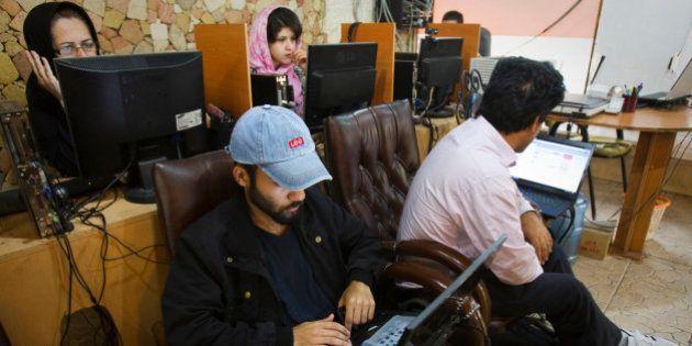 Iran: Twitter et Facebook de nouveau accessibles à cause