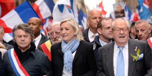 Jean-Marie Le Pen appelle à un contre-défilé pour Jeanne d'Arc le 1er