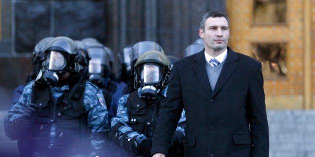 Ukraine: le boxeur Vitali Klitschko leader de l'opposition et candidat à la présidentielle