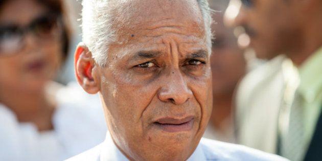 Chavez : le secrétaire d'État à l'Outre-mer, Victorin Lurel, pense que