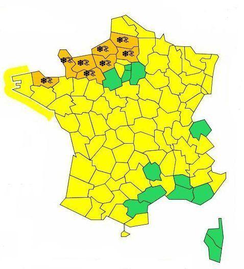 Froid et neige de retour dans le nord-ouest, 10 départements en vigilance orange et restrictions de circulation...