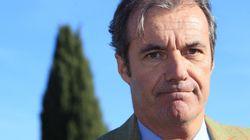 Dérapage sur les Roms: le maire UMP suspendu par sa