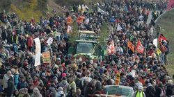 Mobilisation massive des opposants à l'aéroport de