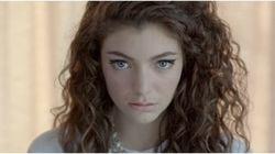 Lorde partage une photo d'elle le visage couvert d'une crème anti