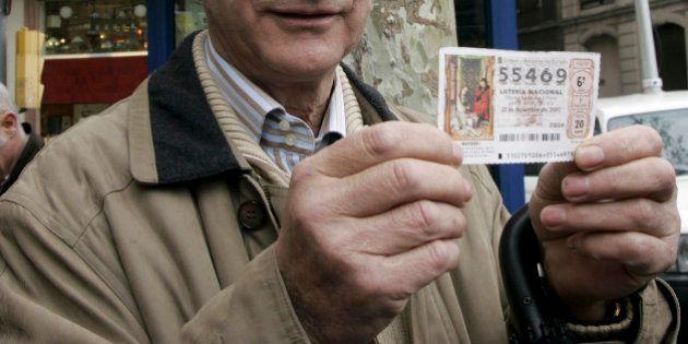 Loto : un Espagnol trouve un ticket de loto gagnant à plusieurs millions et préfère le