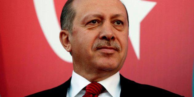 La Turquie bloque les réseaux sociaux pour empêcher la diffusion de photos d'un procureur