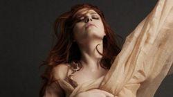 Élodie Frégé topless en couverture d'Hipster
