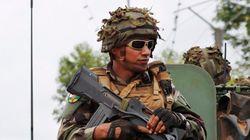 Premiers tirs de l'armée française contre un pick-up