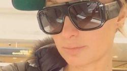 Paris Hilton veut que vous sachiez qu'elle est bloquée à
