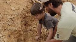 Ce petit garçon a découvert le fossile d'un très vieux