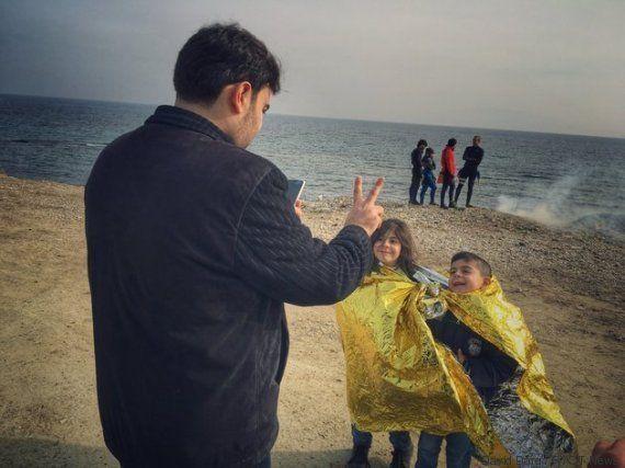 PHOTOS. Sur l'île de Lesbos en Grèce, les jouets de piscine sont le signe d'une traversée
