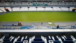 Platini et Blatter pourront encore aller au stade... s'ils payent leur