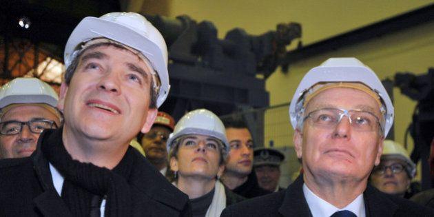VIDEO. Ayrault règle ses comptes avec Montebourg et Hollande un an après son départ de