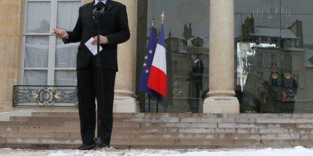 Neige: Jean-Marc Ayrault tacle Sarkozy et vante son Grand