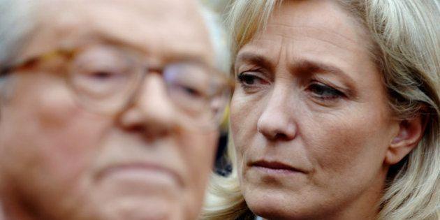 Jean-Marie Le Pen écarte toute exclusion du FN et menace sa fille