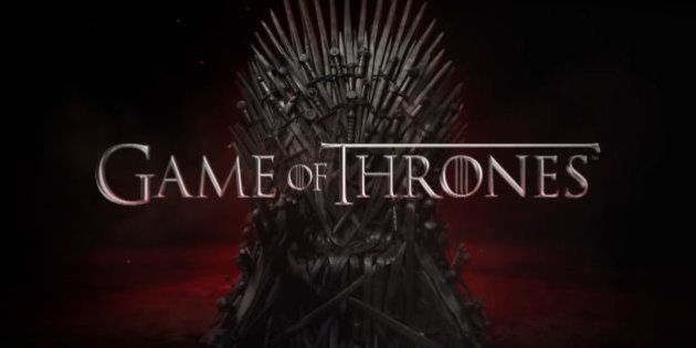 PHOTOS. Game of Thrones saison 5 : les fans s'amusent avec le Trône de
