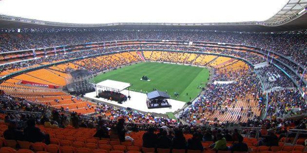 PHOTOS. Revivez la cérémonie d'hommage à Nelson Mandela au Soccer City de Soweto en Afrique du
