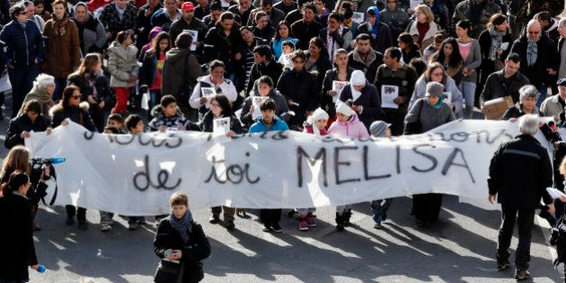 PHOTOS. Marche blanche pour Mélisa, morte dans l'incendie d'un camp de Roms à
